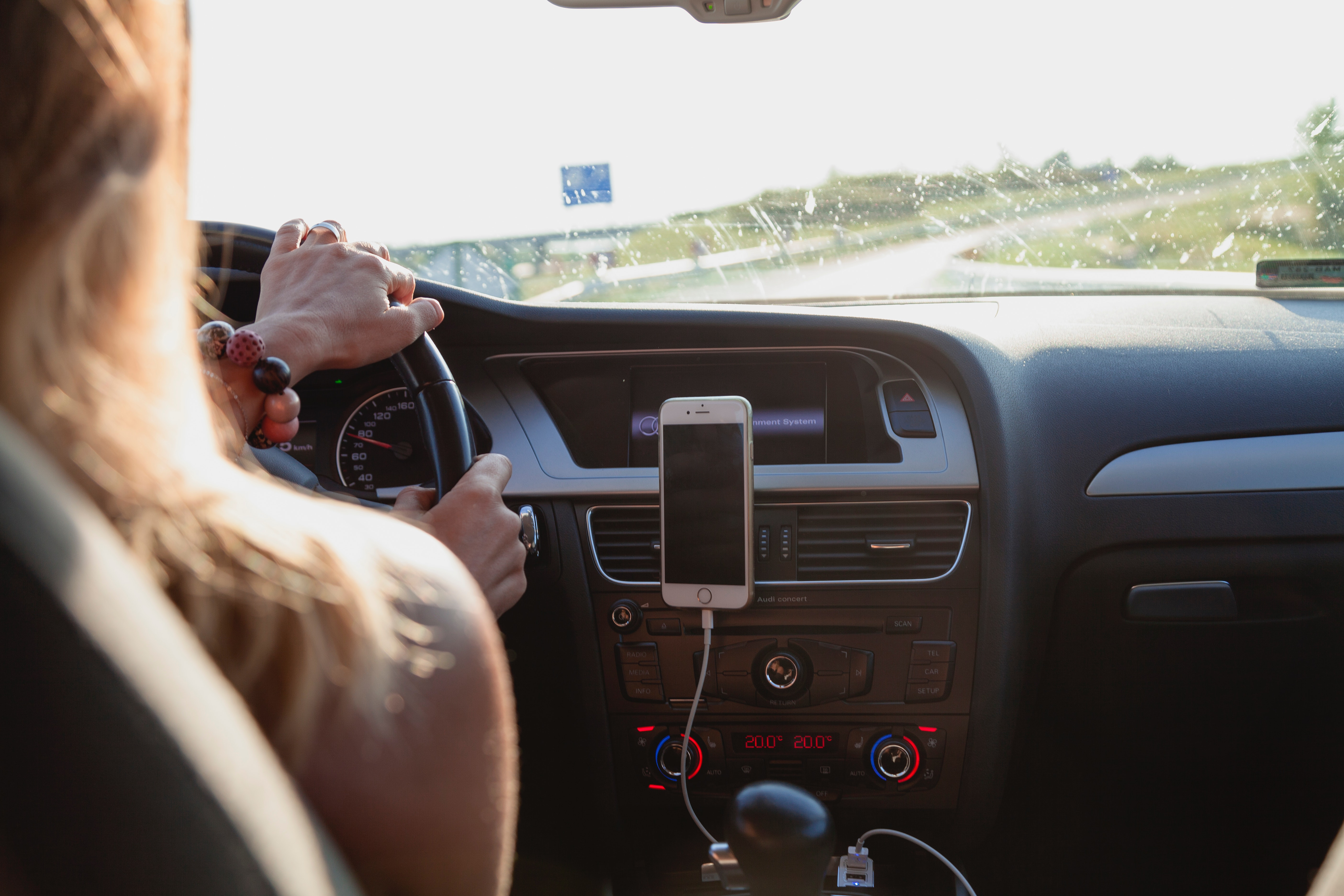 automobile-automotive-car-1386649