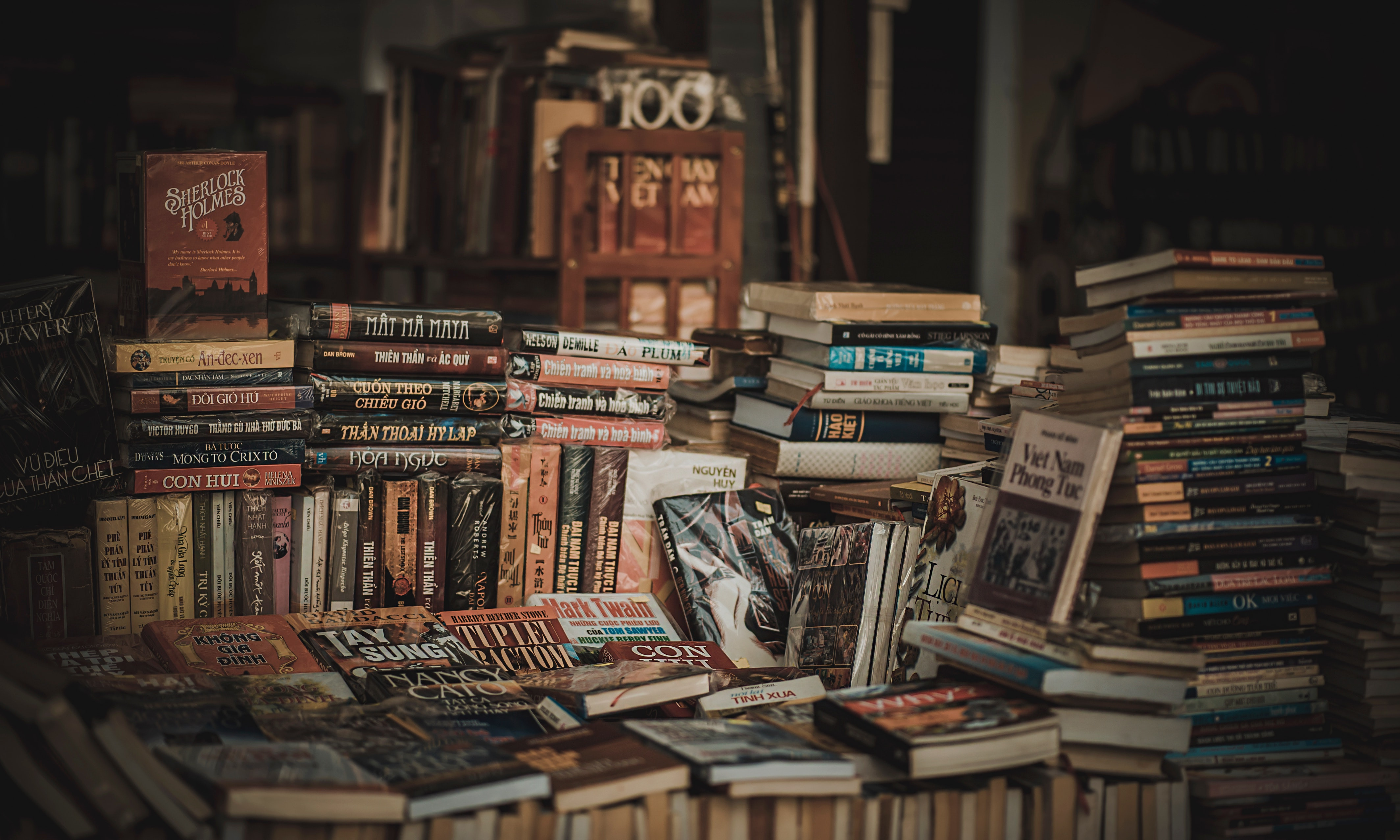 pile-of-assorted-novel-books-694740.jpg