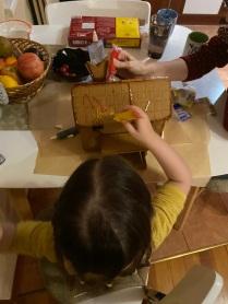 Monki making gingerbread house2